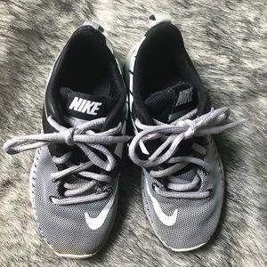 Boys Nikes